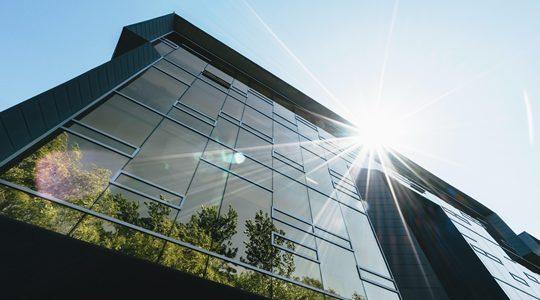 Analyste extra-financier, Responsable ESG, Equity research, etc. : découvrez les 12 métiers de la finance responsable qui recrutent