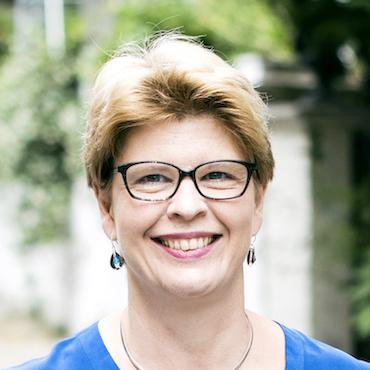 Catherine Brennan, chargée de recherche en RSE et développement durable